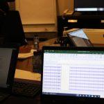 مناقشة اجتماع مكتب رفيف للأستشارات الإدارية 4